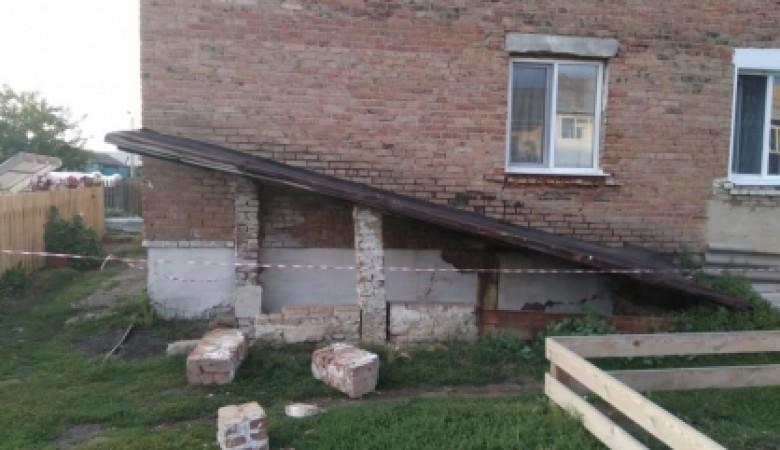В Красноярском крае восьмилетний мальчик получил смертельные травмы во время прогулки
