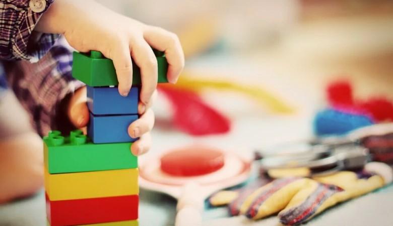 Материнский капитал предлагают тратить на детские игрушки