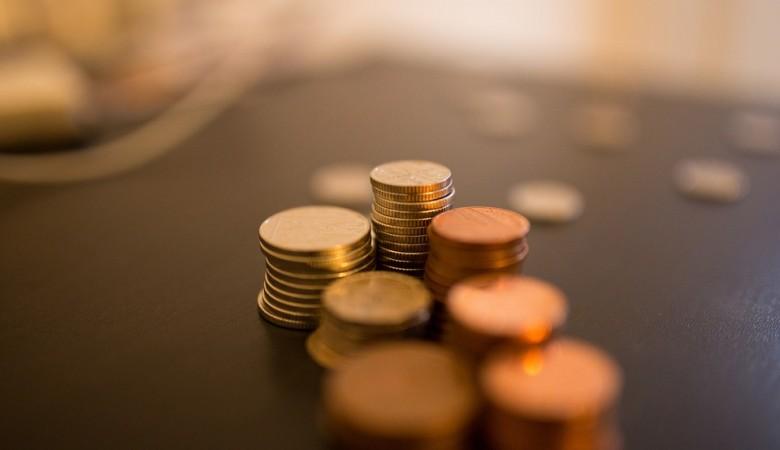 Центробанк не исключает возможности выпуска 50-рублевой монеты