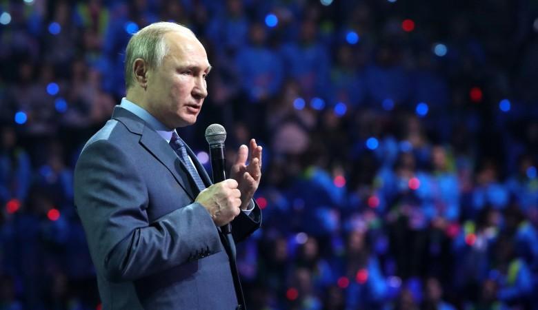 В спонтанном рейтинге доверия 30,6% россиян поддержали Путина