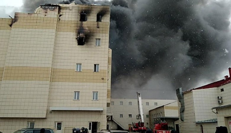 Четырех обвиняемых по делу о пожаре в «Зимней вишне» выпустили из СИЗО