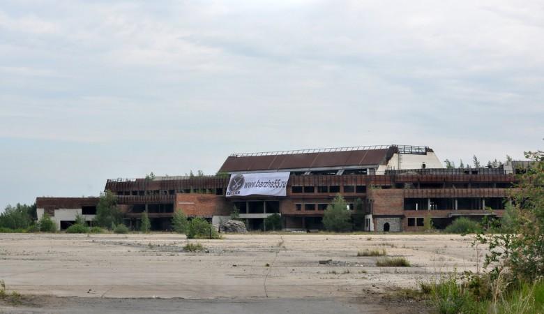 Омские власти вновь хотят продать свою долю в новом аэропорте