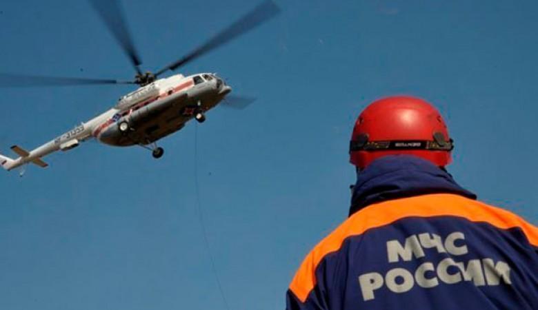 Два Ми-8 с водолазами готовы вылететь на поиски вертолета Robinson на Алтае