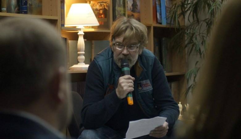Писатель и кинорежиссер Александр Столяров скончался на58-м году жизни