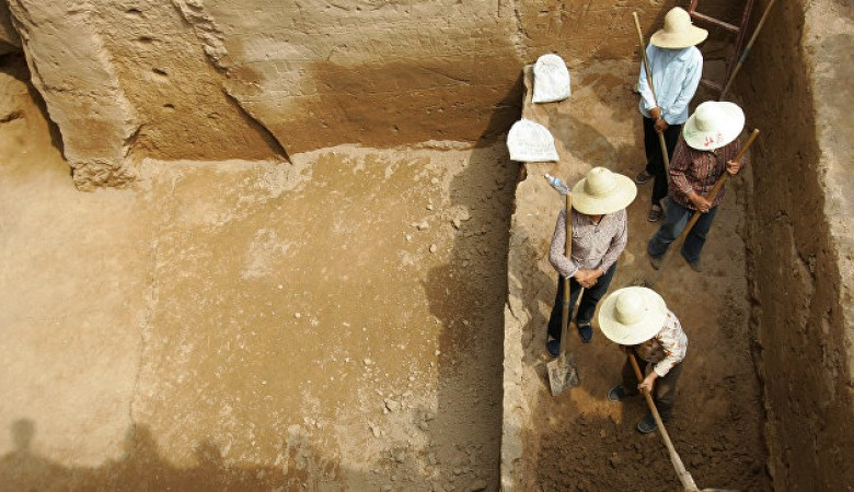Крупный погребальный комплекс с 35 гробницами X-XVII веков обнаружен в Китае