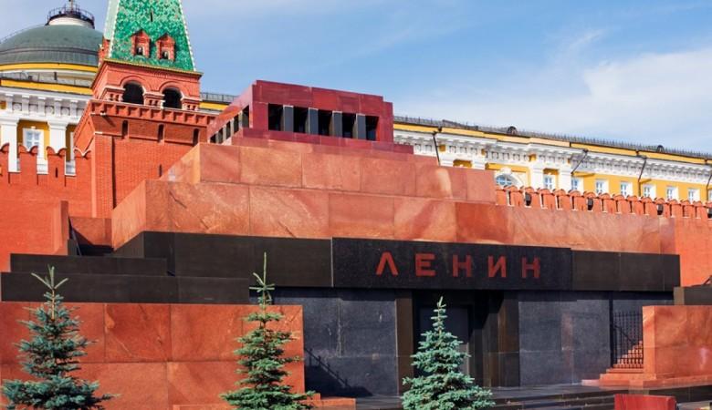 Жириновский предложил сделать из мавзолея Ленина «государственную трибуну»