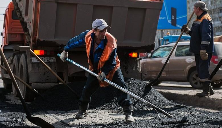 На Алтае начал работу первый в России мобильный асфальтобетонный завод