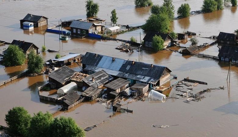 На мэра района в Иркутской области, который спасал свое добро во время паводка, завели дело