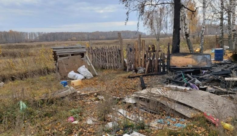 При пожаре в Новосибирске погибли трое малолетних детей