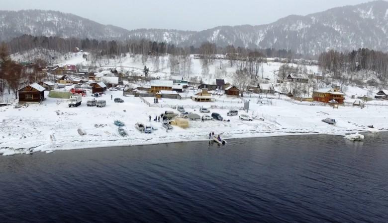 Телецкое озеро в поисках вертолета просканируют экспериментальной аппаратурой