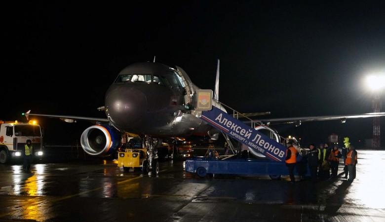 Пьяную невесту не пустили на борт самолета в Кемерово