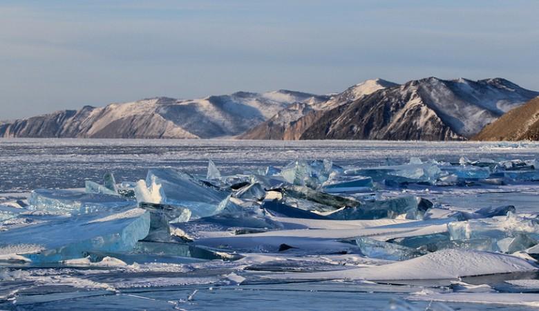 Подземный толчок магнитудой 3,5 зафиксирован на севере Байкала