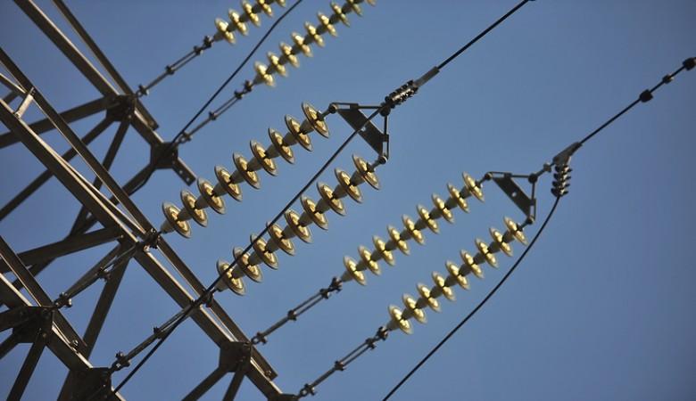Электроснабжение двух районов Якутии нарушено из-за сильного ветра