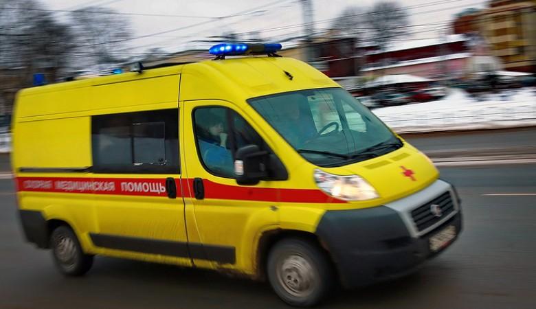 В Кузбассе перевернулась машина скорой помощи, пострадали 4 человека