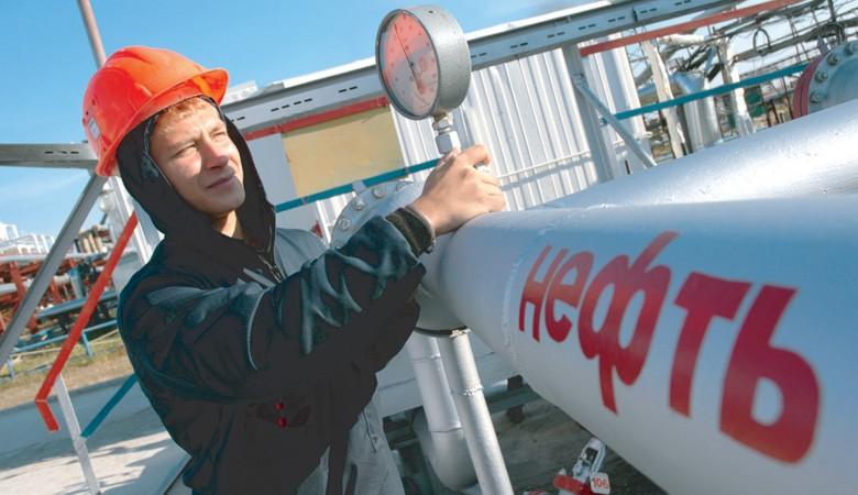 Россия опустилась натретье место попоставкам нефти вКитай