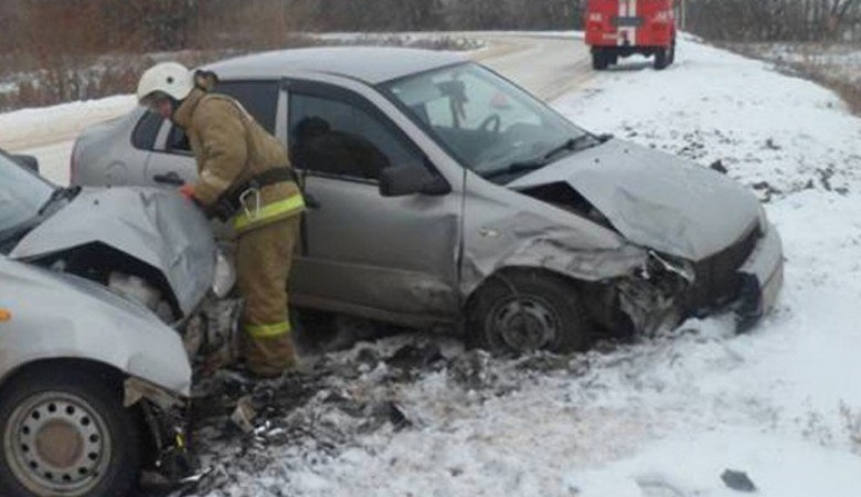 В Туве два человека погибли, девять доставлены в больницу из-за ДТП на трассе