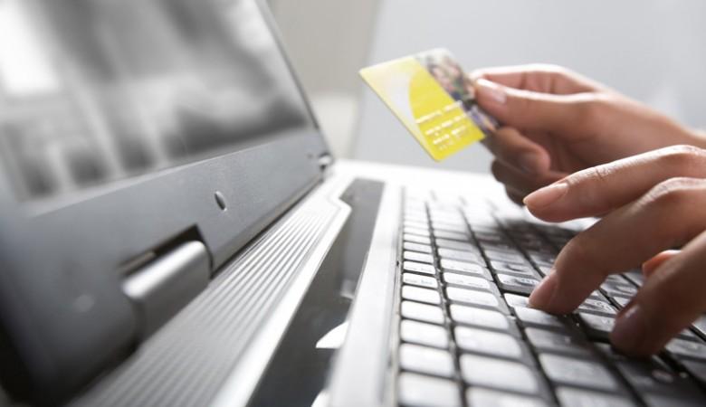 Несовершеннолетняя прокопчанка обманывала клиентов спомощью фейковых интернет-магазинов