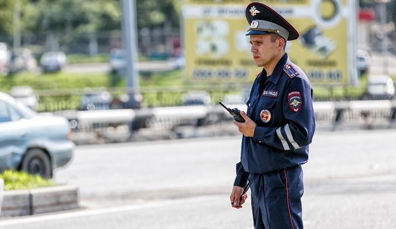 Пьяный племянник Нургалиева устроил драку с полицейскими в Омске