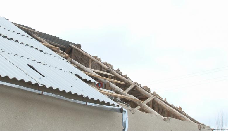 Ветер сорвал кровлю с сельской школы в Забайкалье