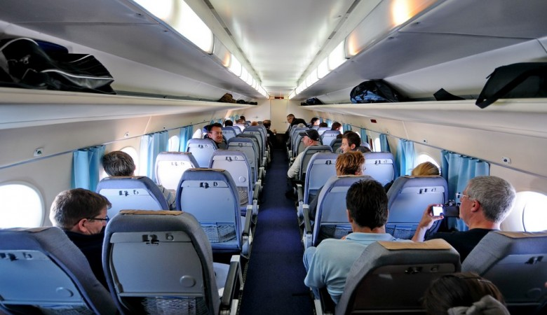 Ваэропорту Иркутска задымился самолет спассажирами