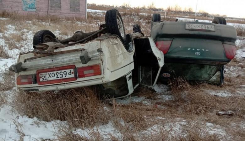Два ребенка пострадали в ДТП с двумя автомобилями на трассе Омск – Седельниково