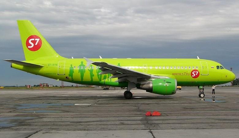 Из-за технической неисправности пассажирский самолет вернулся в Новосибирск