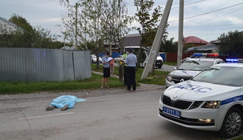 В Бердске мусоровоз насмерть сбил пешехода-нарушителя