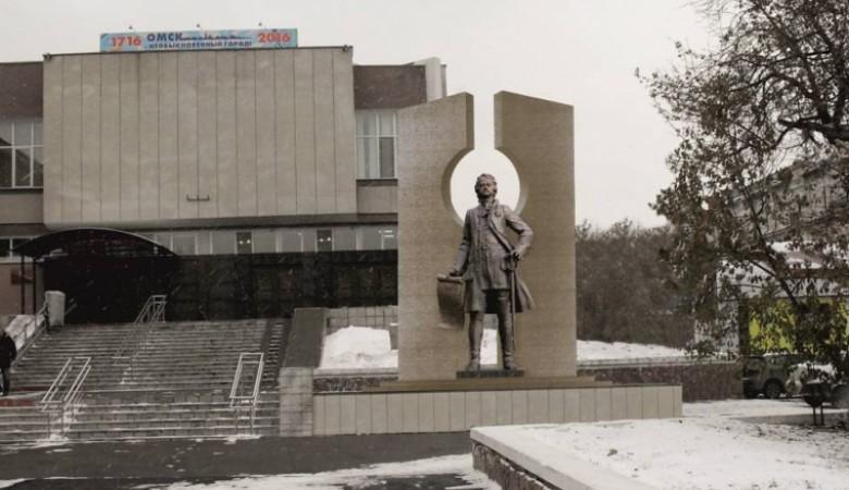 Площадку для памятника Петру I работы Церетели выберут в Омске