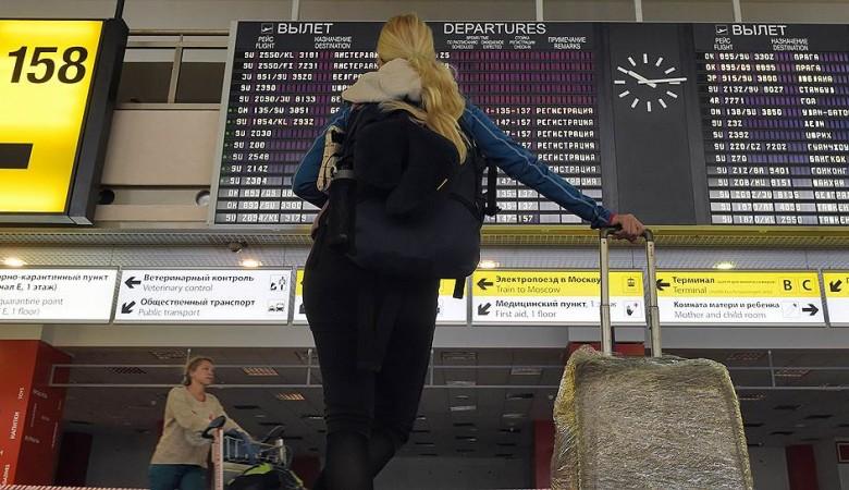 Рейс в Турцию из Новосибирска задержан из-за неисправности самолета