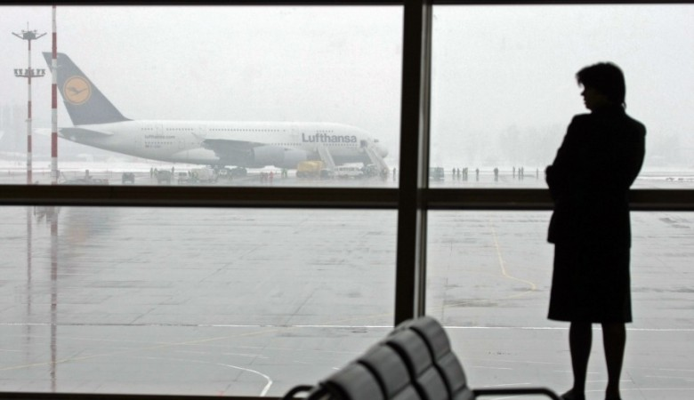 Мутко пока не видит целесообразности переноса аэропорта в Омске