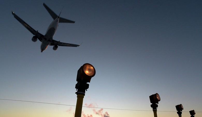 Красноярский аэропорт, эвакуированный из-за пожарной сигнализации, возобновил работу