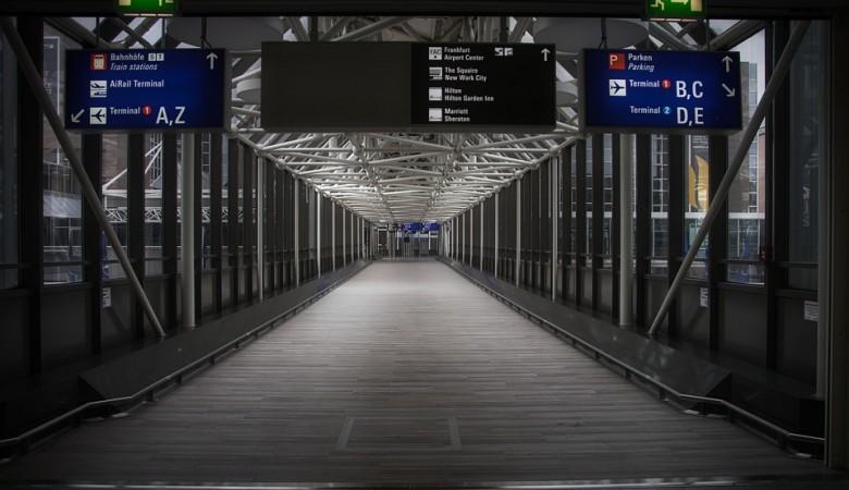 Казахстан возобновляет безвизовый режим с 30 благополучными по COVID странами