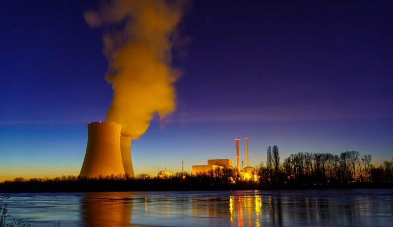 Казахстан не принял решение о строительстве АЭС, заявляют в стране