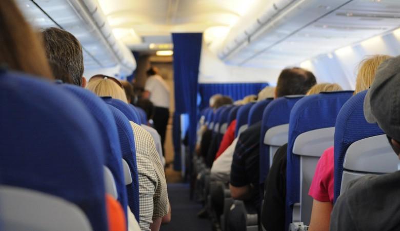 Самолет из Красноярска в Москву, севший в Перми из-за здоровья пассажира, продолжил полет