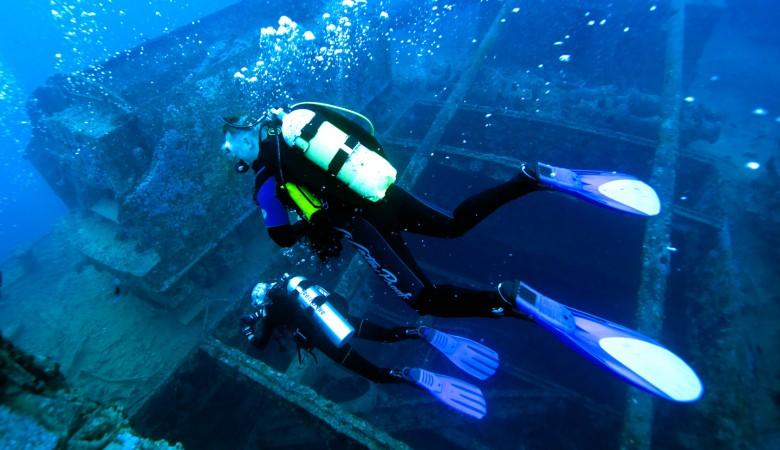 Два аквалангиста пропали при погружении в кузбасский карьер