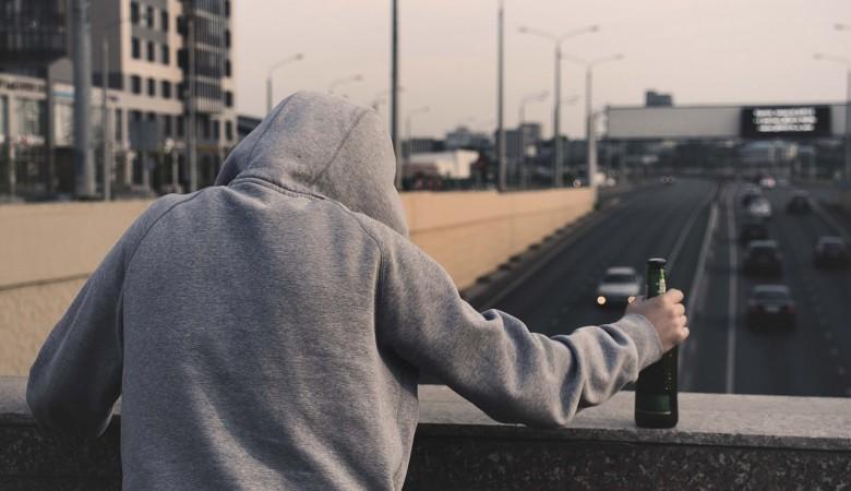 Спиртное с ацетоном найдено на оптовой базе в Кузбассе