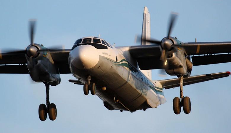 Самолет с пассажирами на борту задымил в Иркутске