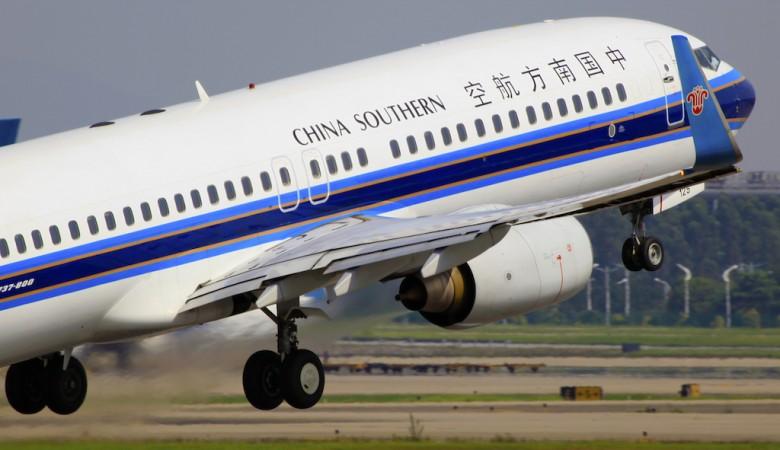 Самолет в Китае совершил экстренную посадку из-за ложного сигнала пожарной тревоги