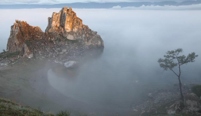 Суд Иркутской области обязал снести незаконно построенную на Байкале турбазу