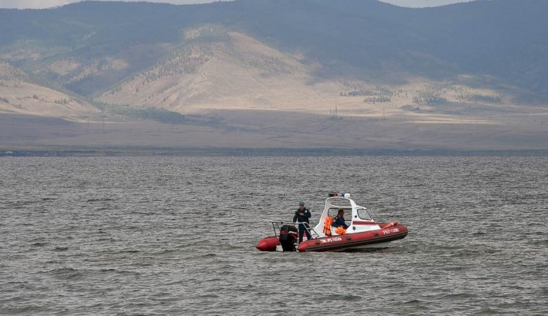 На Байкале найдена пропавшая 4 дня назад лодка, судьба 3 рыбаков неизвестна