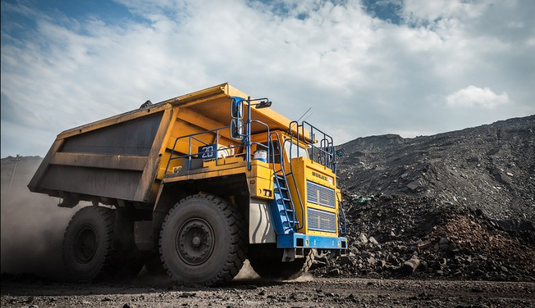 В Кузбассе дорогу отодвинули от крупных залежей угля