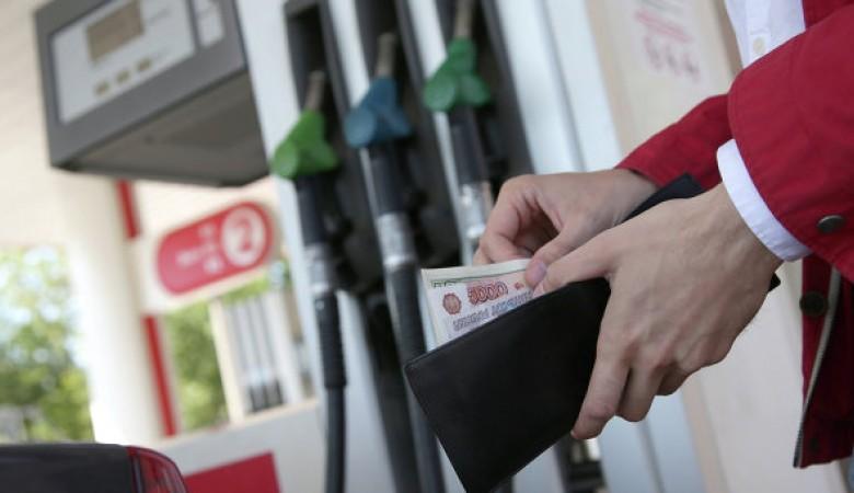 Перевозчики в Красноярске остановили автобусы на 10 минут, протестуя против повышения цен на дизтопливо