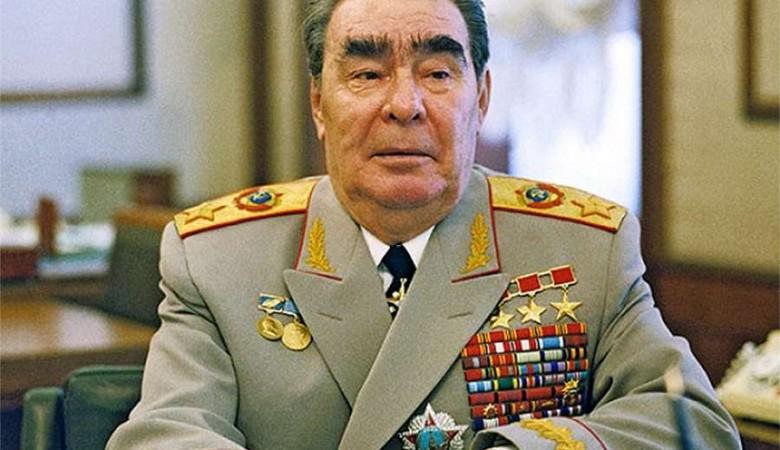 Новосибирский суд отказал внуку Брежнева в иске о незаконном использовании фото его деда