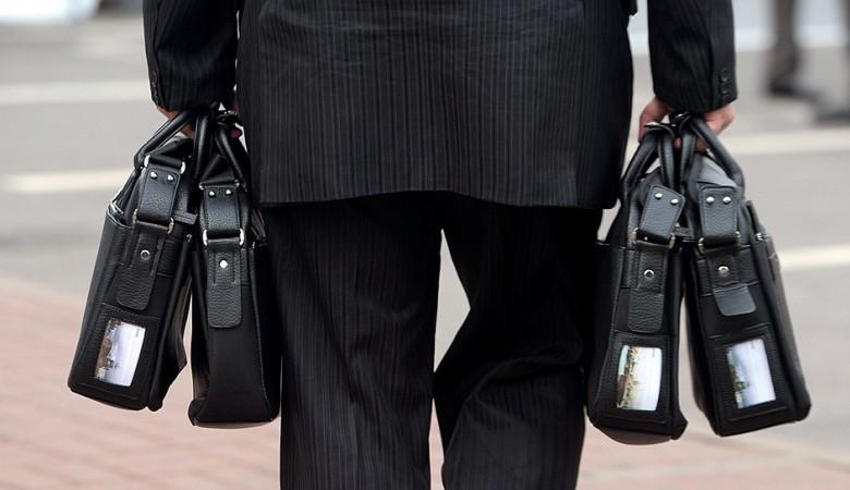 ЛДПР требует отмены закона о двукратном повышении зарплат красноярским депутатам