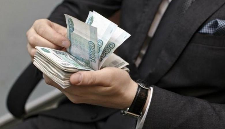 Руководитель Омска вслед заскандалом спремиями запретил раздувать штат администрации