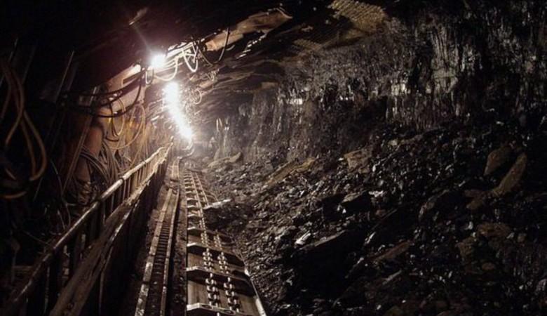На шахте в Кузбассе произошло обрушение породы. Пострадали четверо