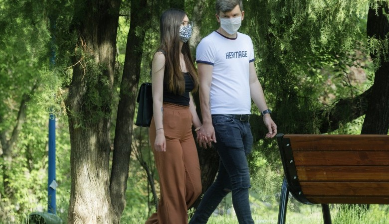 Ещё 69 алтайцев заразились коронавирусом