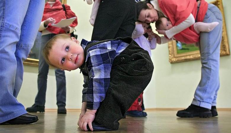 В России стало больше детей, их доля – рекордная за 15 лет