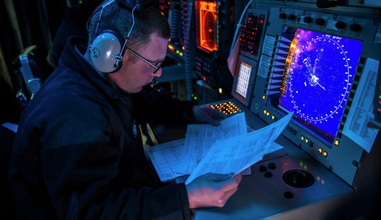 Американский эсминец вышел на патрулирование близ искусственных островов Китая