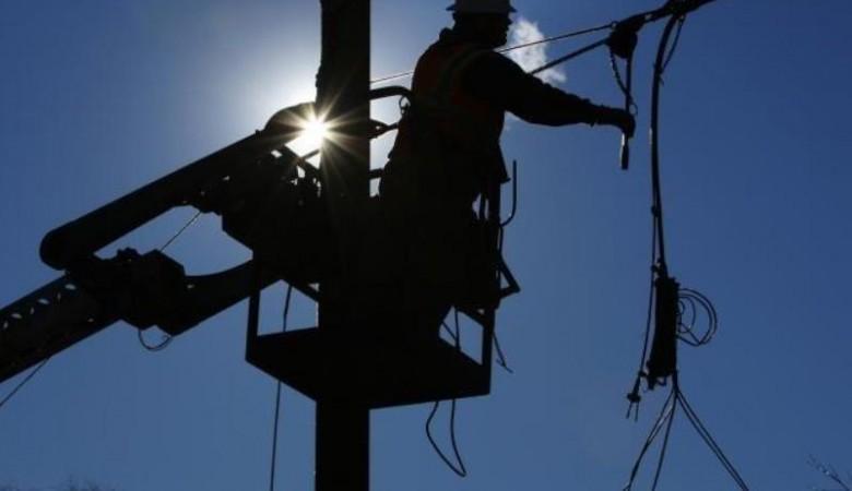 Два района Алтая оказались без электричества под Новый год